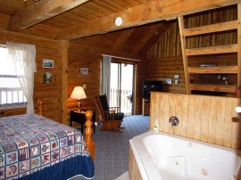 Blue Haven Cabin Jacuzzi