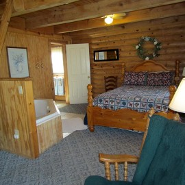 Blue Haven Cabin Master Bedroom & Jacuzzi